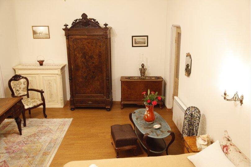 3-комн. квартира, 300 кв.м. на 4 человека, проспект Шота Руставели, 46, Тбилиси - Фотография 32