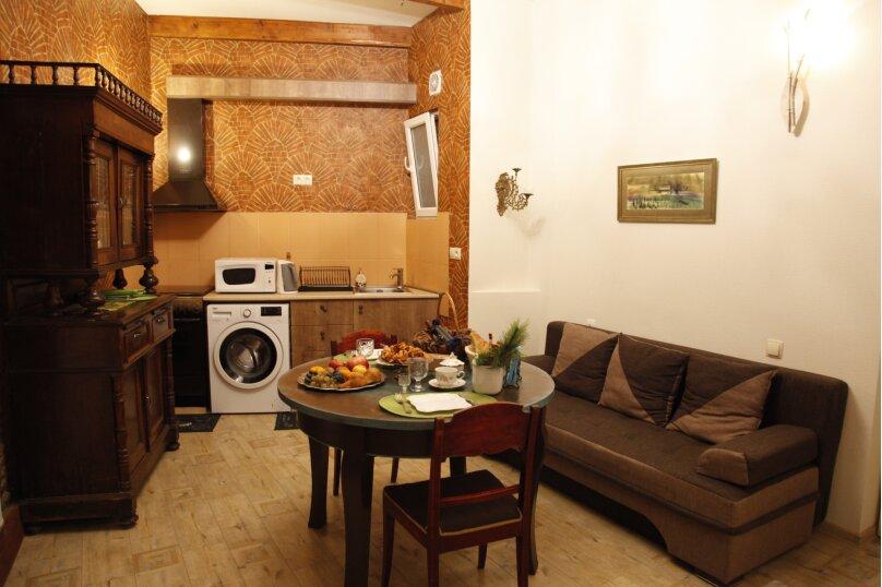 3-комн. квартира, 300 кв.м. на 4 человека, проспект Шота Руставели, 46, Тбилиси - Фотография 44
