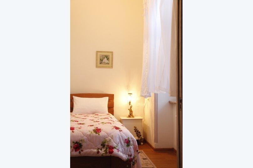 3-комн. квартира, 300 кв.м. на 4 человека, проспект Шота Руставели, 46, Тбилиси - Фотография 45