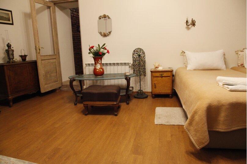 3-комн. квартира, 300 кв.м. на 4 человека, проспект Шота Руставели, 46, Тбилиси - Фотография 52