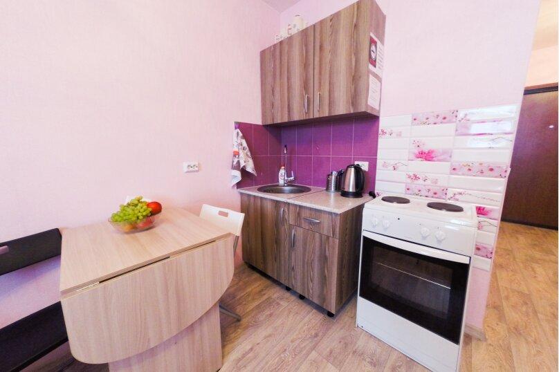 1-комн. квартира, 26 кв.м. на 4 человека, Рощинская улица, 21, Екатеринбург - Фотография 5