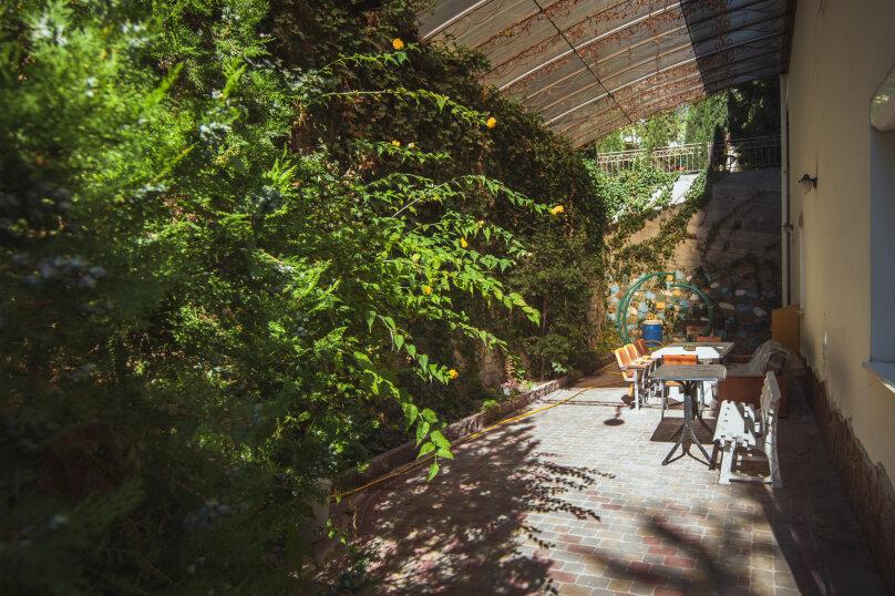 Комфортабельный дом 240 кв, 240 кв.м. на 8 человек, 4 спальни, мкрн Волна Восточная набережная, 4а, Алушта - Фотография 6