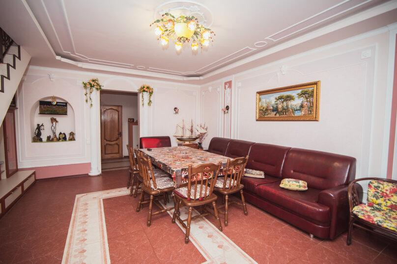 Комфортабельный дом 240 кв, 240 кв.м. на 8 человек, 4 спальни, мкрн Волна Восточная набережная, 4а, Алушта - Фотография 7