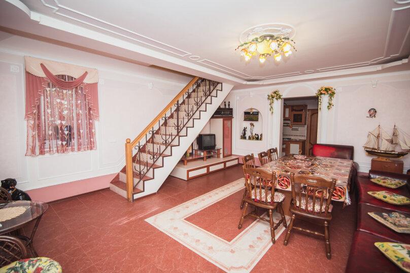 Комфортабельный дом 240 кв, 240 кв.м. на 8 человек, 4 спальни, мкрн Волна Восточная набережная, 4а, Алушта - Фотография 10