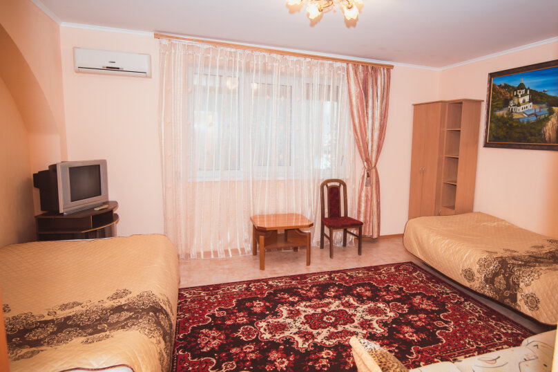 Комфортабельный дом 240 кв, 240 кв.м. на 8 человек, 4 спальни, мкрн Волна Восточная набережная, 4а, Алушта - Фотография 11