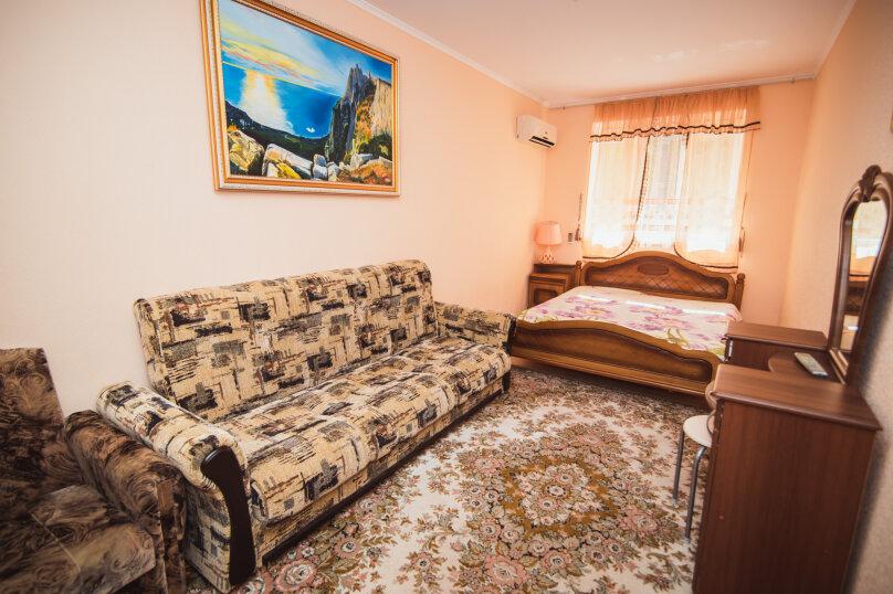 Комфортабельный дом 240 кв, 240 кв.м. на 8 человек, 4 спальни, мкрн Волна Восточная набережная, 4а, Алушта - Фотография 14