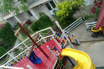 Крымский дворик, Восточная улица, 12 на 23 номера - Фотография 2