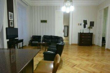 2-комн. квартира на 4 человека, проспект Давида Агмашенебели, 93, Тбилиси - Фотография 1