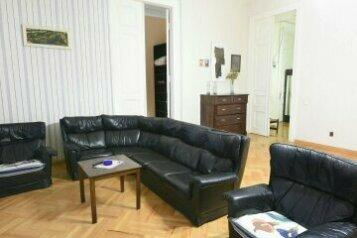 2-комн. квартира на 4 человека, проспект Давида Агмашенебели, Тбилиси - Фотография 3