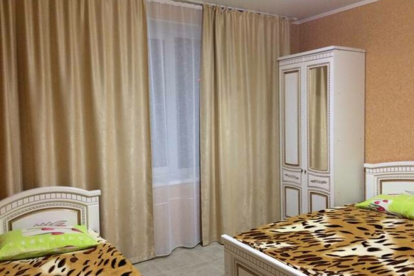 «Дубовый двор», 100 кв.м. на 9 человек, 3 спальни, улица Макаровой, 16, Геленджик - Фотография 8