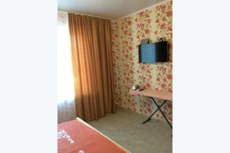 «Дубовый двор», 100 кв.м. на 9 человек, 3 спальни, улица Макаровой, 16, Геленджик - Фотография 9