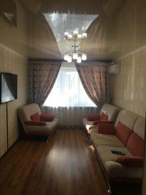 3-комн. квартира, 61 кв.м. на 8 человек, улица Котовского, 11, Геленджик - Фотография 1