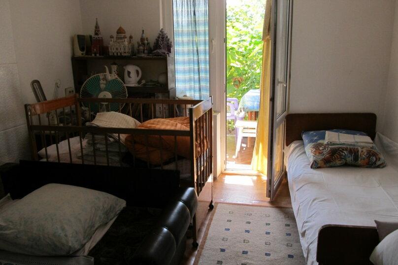 Гостевой дом в 8 минутах от моря, улица 3-го Интернационала, 42 на 4 номера - Фотография 5