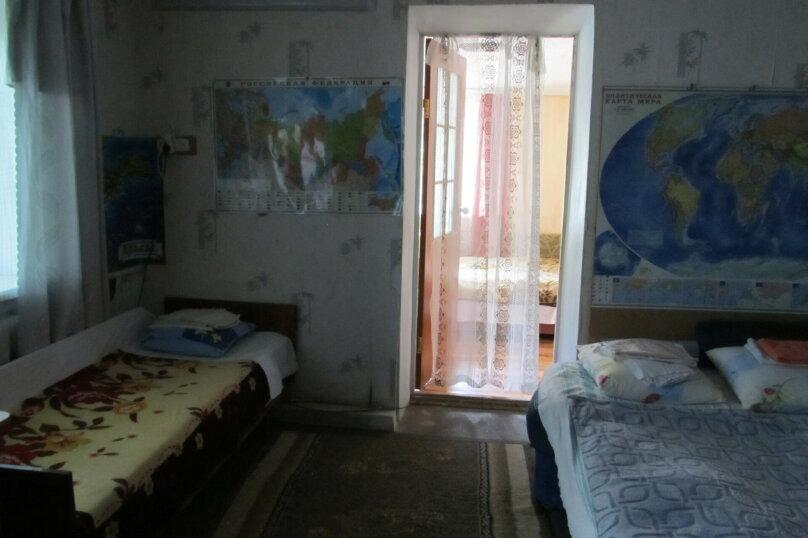 Гостевой дом в 8 минутах от моря, улица 3-го Интернационала, 42 на 4 номера - Фотография 7