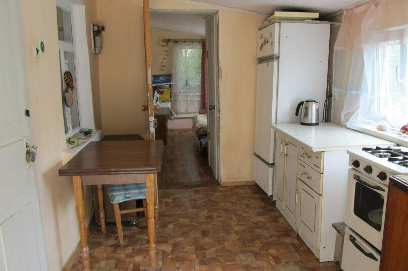 Гостевой дом в 8 минутах от моря, улица 3-го Интернационала, 42 на 4 номера - Фотография 11