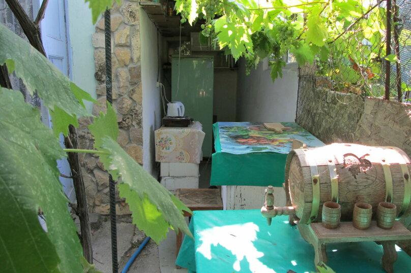 Гостевой дом в 8 минутах от моря, улица 3-го Интернационала, 42 на 4 номера - Фотография 19