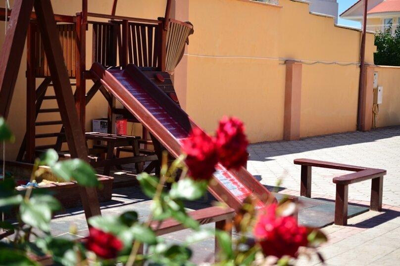 """Гостевой дом """"Риф"""", Курортная улица, 9 на 23 комнаты - Фотография 17"""