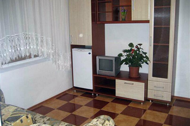 4-х местный номер, Набережная улица, 72, Николаевка, Крым - Фотография 1