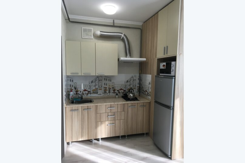 """Гостевой дом """"На Самбурова 248"""", улица Самбурова, 248 на 11 комнат - Фотография 4"""