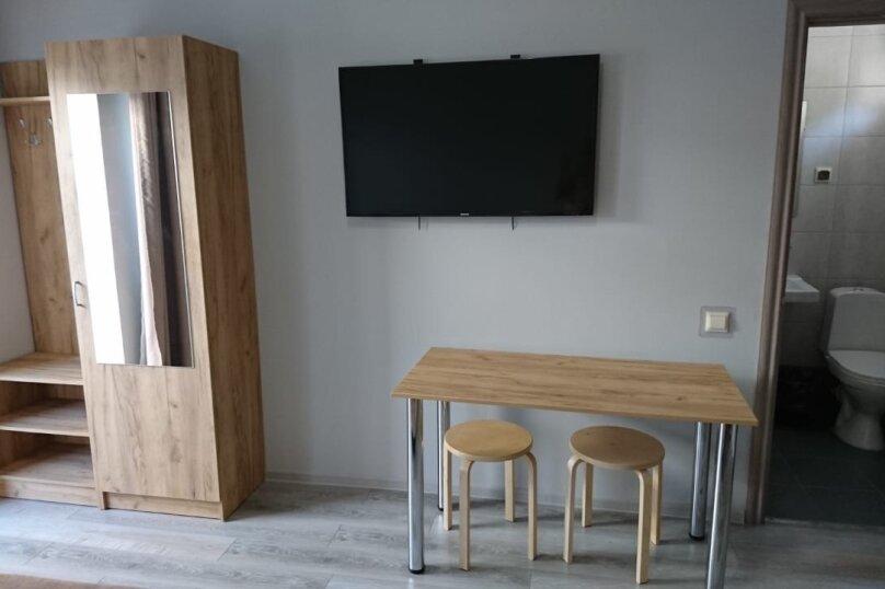 """Гостевой дом """"На Самбурова 248"""", улица Самбурова, 248 на 11 комнат - Фотография 13"""