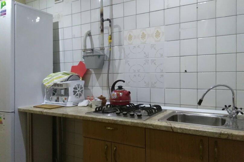 """Гостевой дом """"Уютный дом"""", Коста Хетагурова,  102/3 на 3 комнаты - Фотография 7"""