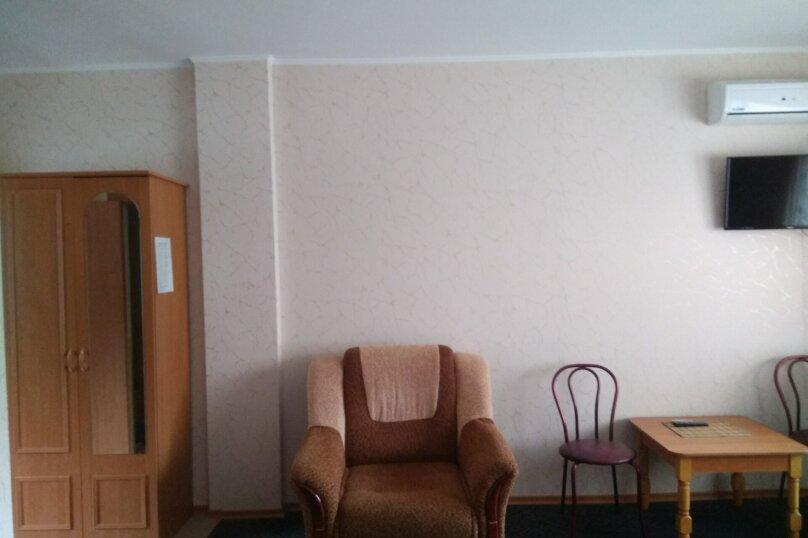 """Гостевой дом """"Вилла Светлана"""", улица Гоголя, 5А на 14 комнат - Фотография 32"""