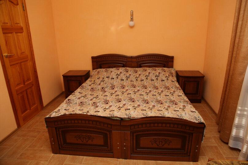 """Гостевой дом """"Лидия"""", улица Просвещения, 162 б на 24 комнаты - Фотография 15"""