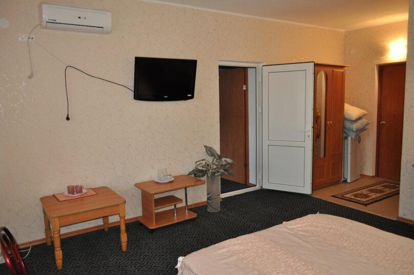 """Гостевой дом """"Вилла Светлана"""", улица Гоголя, 5А на 14 комнат - Фотография 40"""