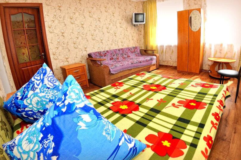 4-х местный номер, улица Анджиевского, 4, село Мысовое - Фотография 1