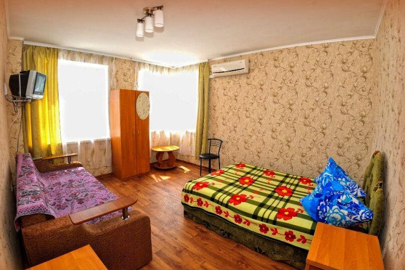 """Гостевой дом """"Розовый фламинго"""", улица Анджиевского, 4 на 7 комнат - Фотография 5"""