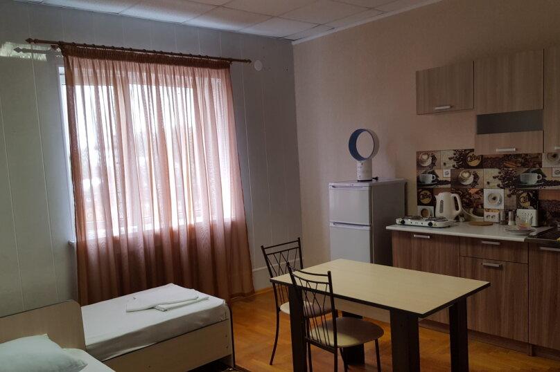 """Гостевой дом """"Центральный"""", улица Ленина, 59 на 16 комнат - Фотография 64"""