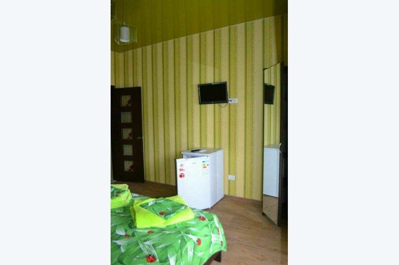 """Гостевой дом """"Голден Роус"""", Лучистая, 17А на 11 комнат - Фотография 3"""