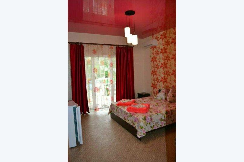 """Гостевой дом """"Голден Роус"""", Лучистая, 17А на 11 комнат - Фотография 12"""