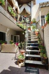 Гостевой дом, Симферопольская улица, 87А на 8 комнат - Фотография 1
