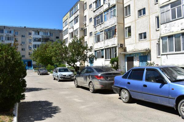 1-комн. квартира, 36 кв.м. на 4 человека, 1-й микрорайон, 29, Щелкино - Фотография 1