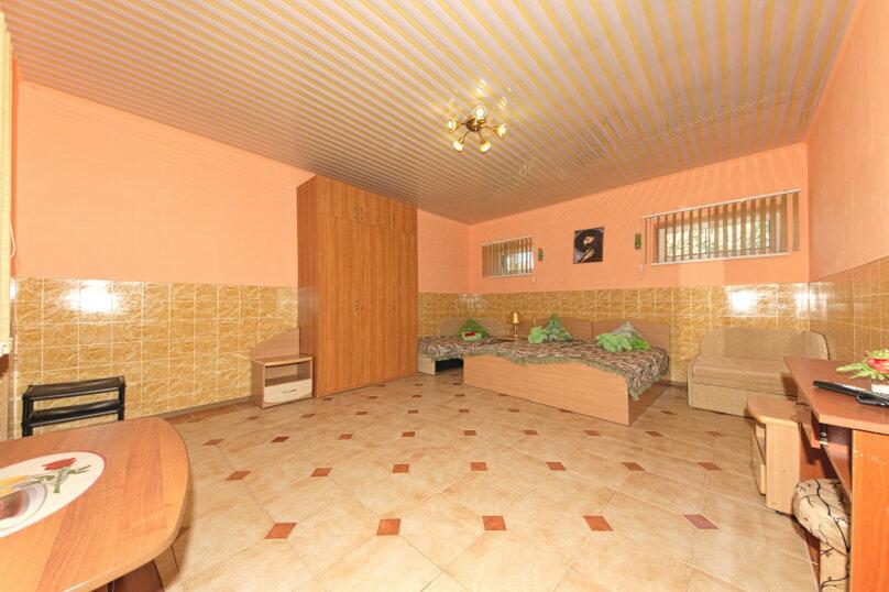 Люкс с 1 спальней и кухней, Симферопольская улица, 94А, Евпатория - Фотография 1