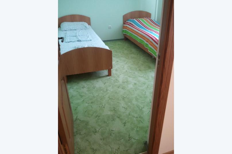 3-комн. квартира, 65 кв.м. на 6 человек, улица Челюскинцев, 49/40, Севастополь - Фотография 11