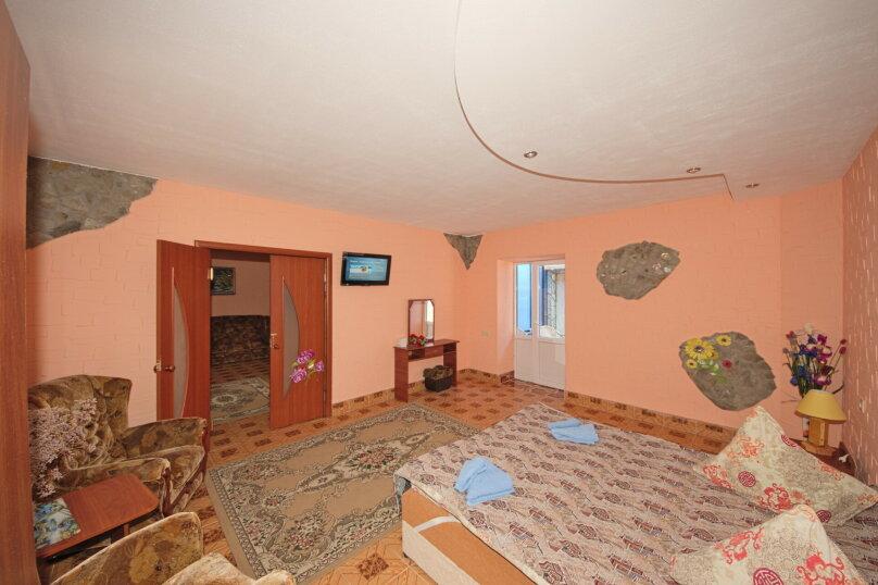 Отдельная комната, Симферопольская улица, 94А, Евпатория - Фотография 1