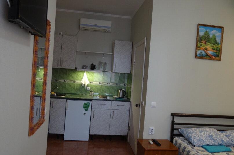 С кухней 2-х местный, улица Гоголя, 34, Геленджик - Фотография 1