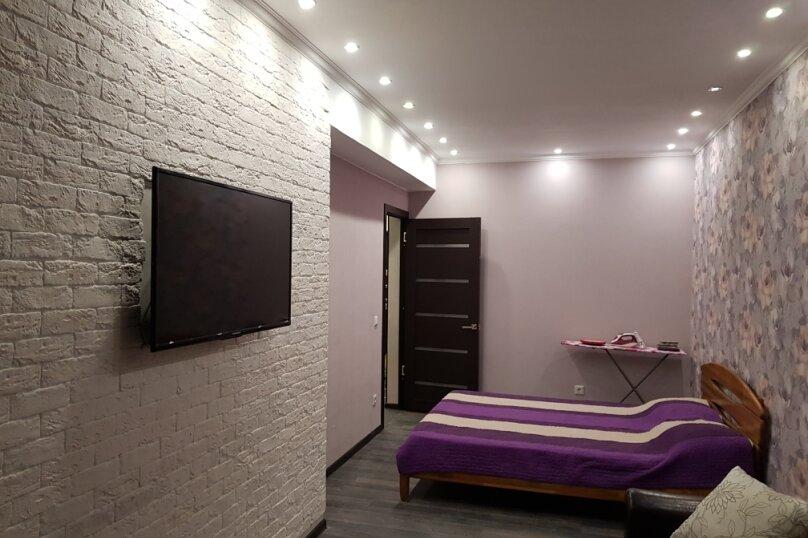 1-комн. квартира, 41 кв.м. на 3 человека, Античный проспект, 24, Севастополь - Фотография 1