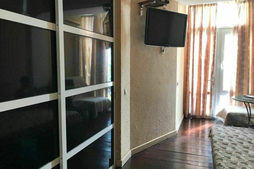 2х местный с балкончиком на втором этаже, Кооператив Волна, Эллинг , Алушта - Фотография 7