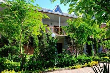 Гостевой дом в Черноморском, Луговая улица на 24 номера - Фотография 3