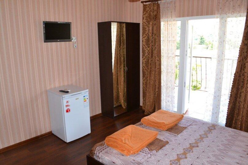 """Гостевой дом """"Голден Роус"""", Лучистая, 17А на 11 комнат - Фотография 38"""