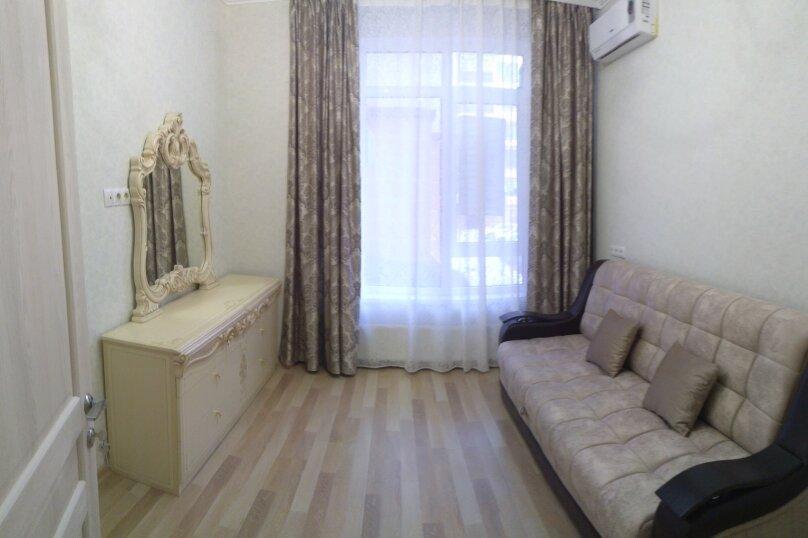 2-комн. квартира, 65 кв.м. на 6 человек, улица Гоголя, 7к1, Геленджик - Фотография 2