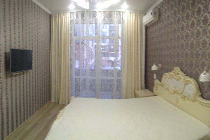 2-комн. квартира, 65 кв.м. на 6 человек, улица Гоголя, 7к1, Геленджик - Фотография 1