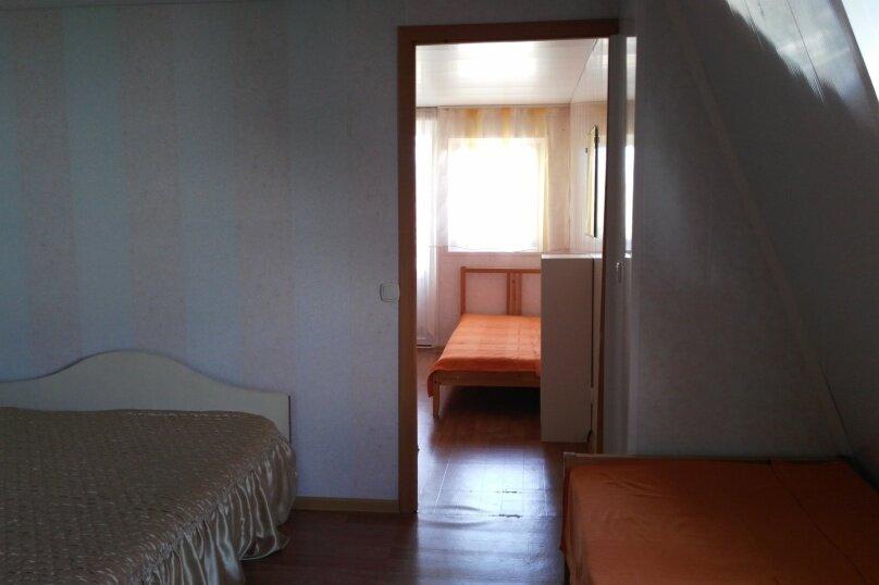 "Гостевой дом ""На Калинина 216"", улица Калинина, 216 на 4 комнаты - Фотография 30"