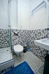 Апартаменты-люкс со своей кухней, Черноморская набережная, 1Б на 4 номера - Фотография 4