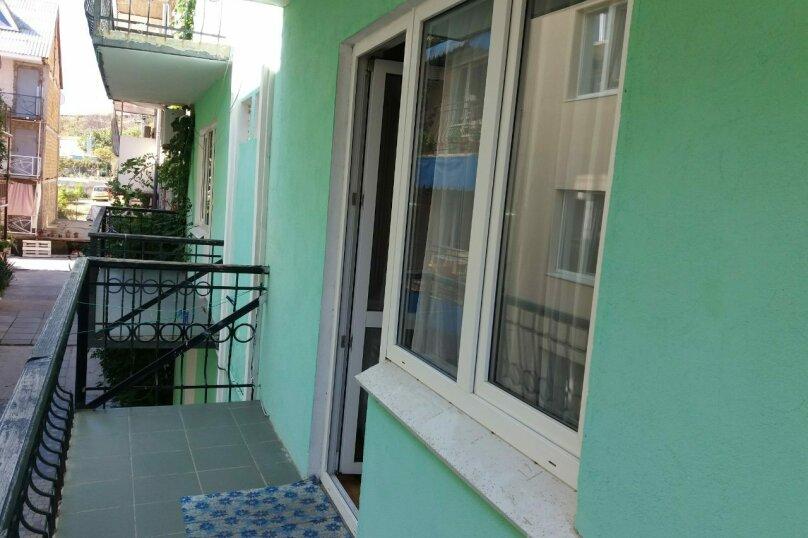 """Двух комнатный """"Люкс"""" 2-й этаж. Западный, Парниковая, 105, село Приветное - Фотография 3"""