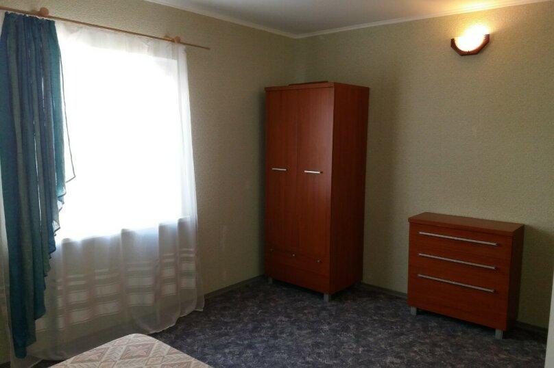 """Двух комнатный """"Люкс"""" 2-й этаж. Западный, Парниковая, 105, село Приветное - Фотография 7"""