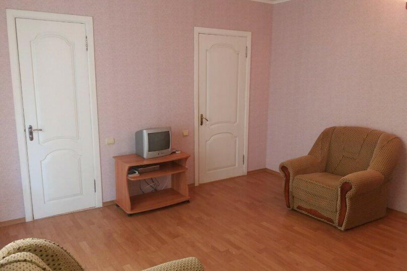 """Двух комнатный """"Люкс"""" 2-й этаж. Западный, Парниковая, 105, село Приветное - Фотография 9"""